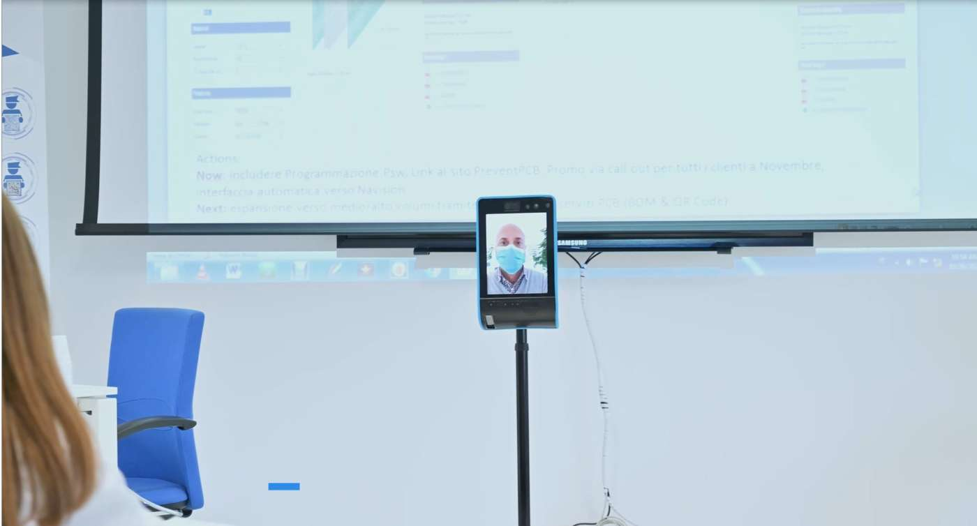 Il nuovo servizio del Gruppo Prevent è un vero e proprio collegamento attivo, perché è il cliente stesso che, con i tasti del proprio computer, muove da remoto il robot